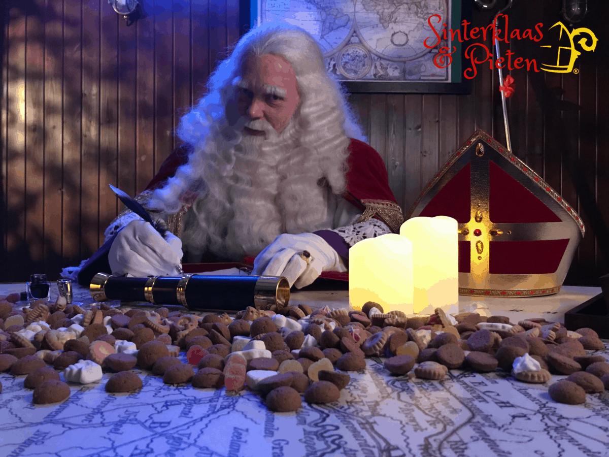 Sinterklaas schrijft